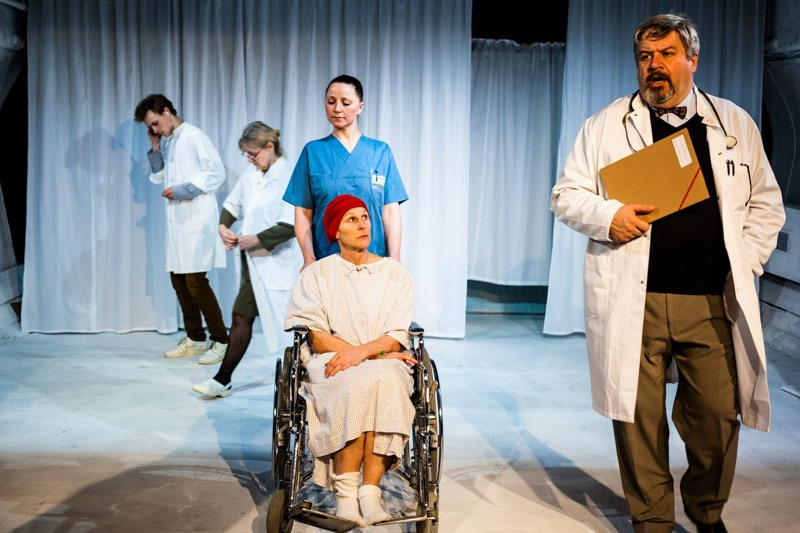 The humanistic touch in wit a play by margaret edson